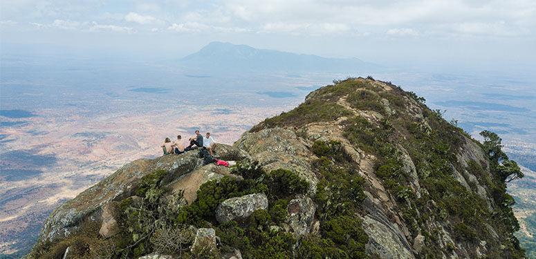 Bergbeklimmers Mount Longido uitzicht