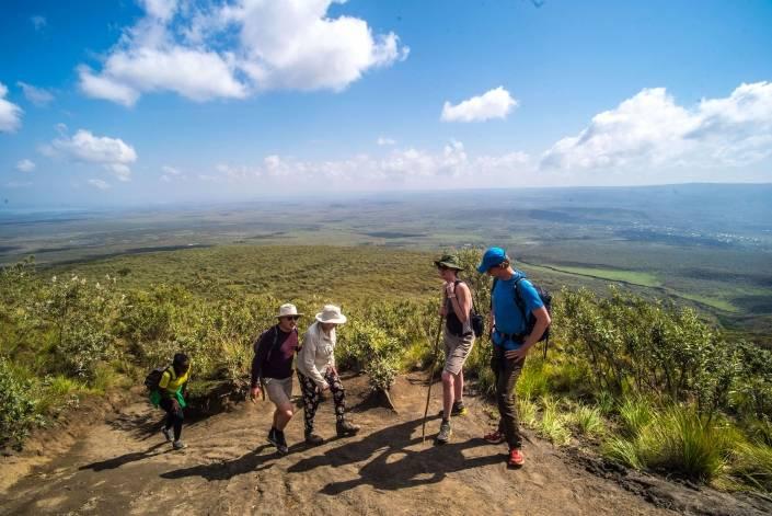 familiereis naar afrika hiken mount longonot